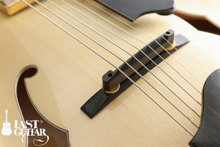 Eastman AR-503CE 7-strings Blonde (1).jpg