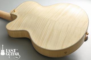 Eastman AR-503CE 7-strings Blonde (6).jpg