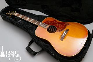 Gibson Humming Bird 1964 (11).jpg