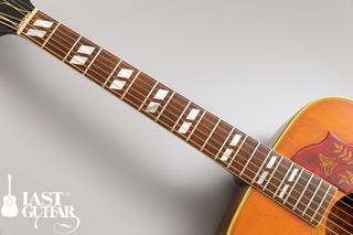 Gibson Humming Bird 1964 (2).jpg