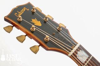 Gibson J-200 Artist 1973 (3).jpg