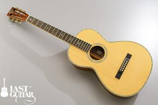 Urano Parlor Guitar.jpg