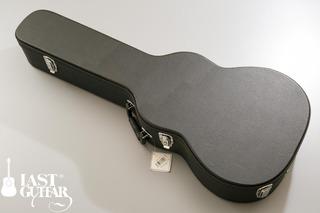 Urano Parlor Guitar (12).jpg