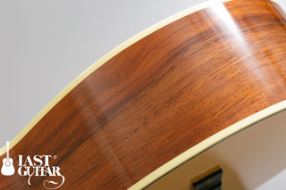 Urano Parlor Guitar (8).jpg